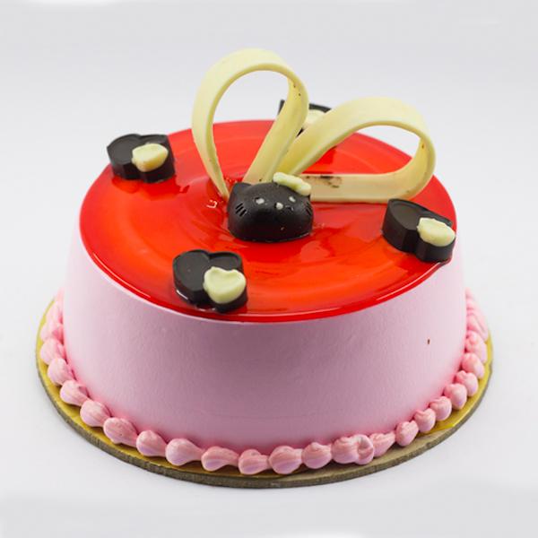 Lovely Strawberry Cake