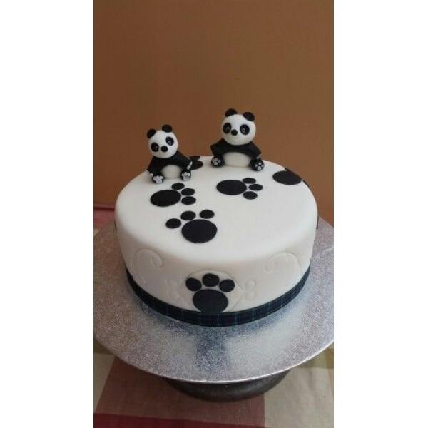 Fondant Panda Cake