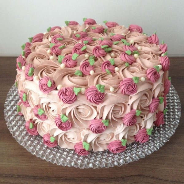 Majestic Love Strawberry Cake