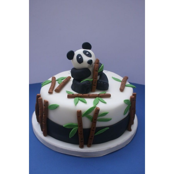 Cute Panda Cake ( 1 KG )